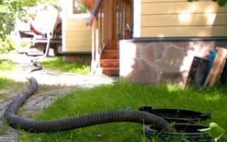 Очистка выгребной ямы — как ее правильно провести